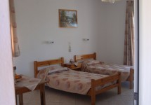 elpida_studios_mousata_trapezaki_kefalonia_bedrooms_sea_view_sm.jpg